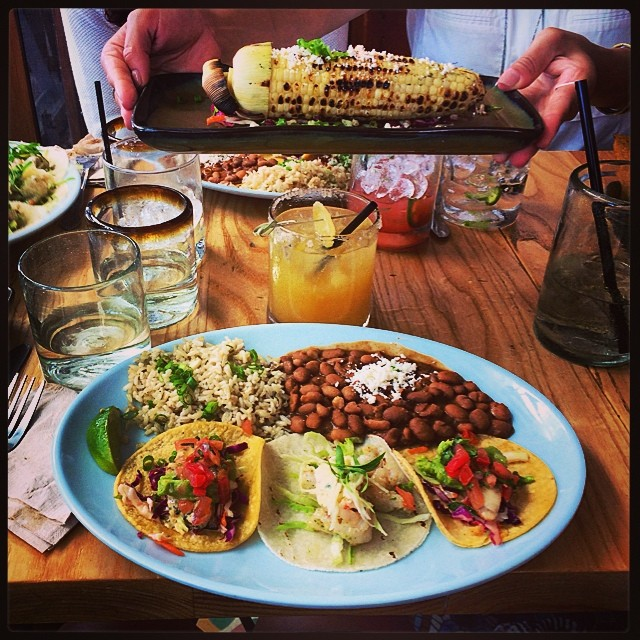 Si. 🌽💜💃💛🍹🍍 (at Blue Plate Taco)