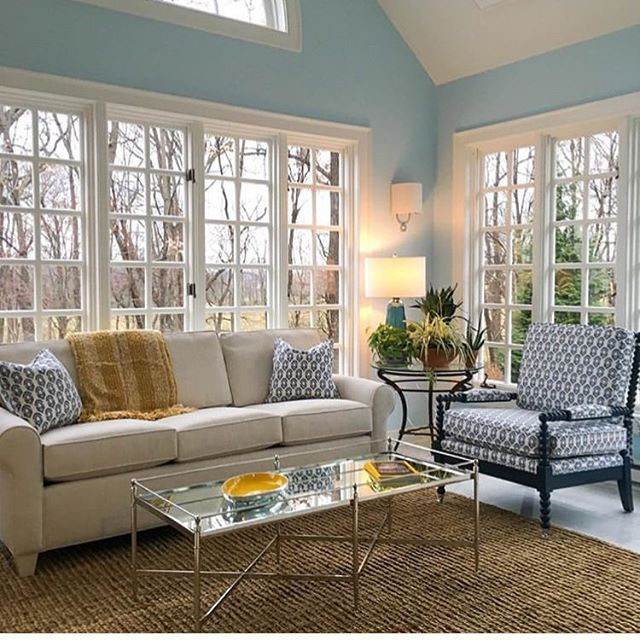We love this sunroom by @makenest ❤️🛋 Go give them a follow 🙌  #performancefabric #upholsteryfabric  #interiordesign  #interiordesignmagazine  #livingroomdesign