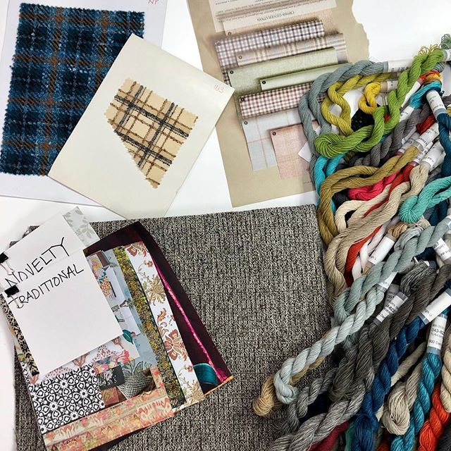 Working on new yarns and patterns with @read333 designs ❤️ Do you like plaids ?  #performancefabric  #interiordesign  #upholstery  #upholsteryfabric  #furnituredesign
