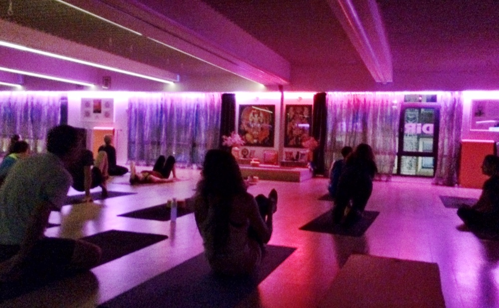 The nightclub of yoga studios: Yoga One in Barcelona