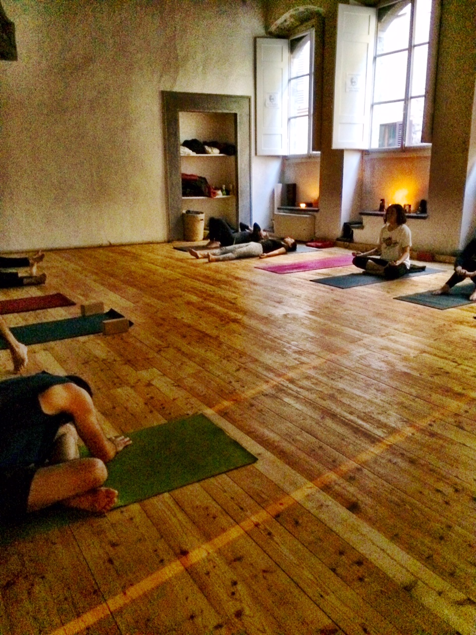 It's Yoga Firenze's studio
