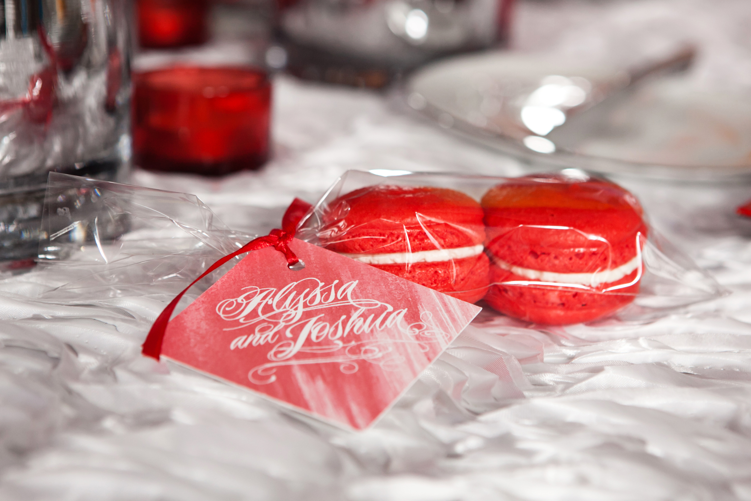 French macaroon guest favors