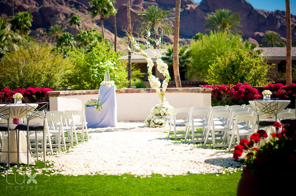 Ceremony at Montelucia Omni Resort in Scottsdale produced by wedding planners at Life Design Event Planning