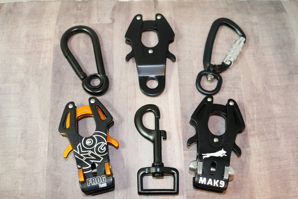 Hardware Upgrade - Additionally we also carry in stock some additional hardware that you may upgrade to:- {Top Corners} Black Carabiner is ONLY applicable to Biothane Beta Rope. (Not always available)- {Top Center} Black QuikR Rope Clasp is applicable to all Biothane Beta Rope, and the 1/2