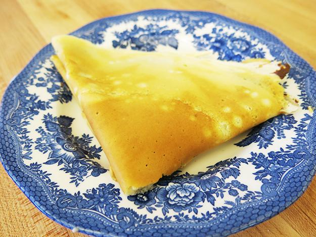 crepe on plate