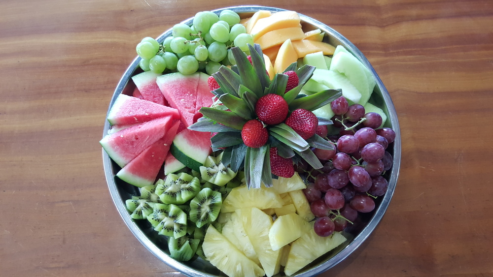 Deluxe Tropical Fruit Platter