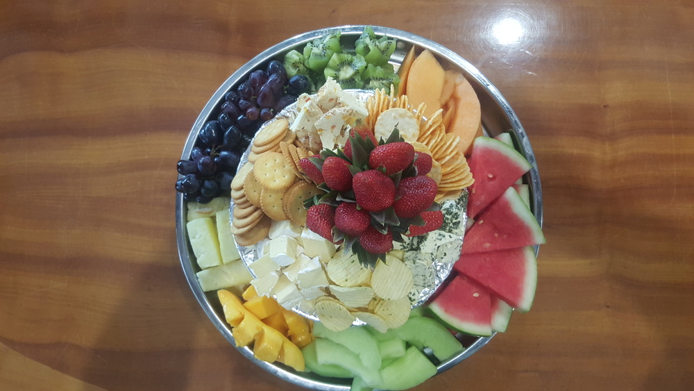 Fruit & Cheeses Platter