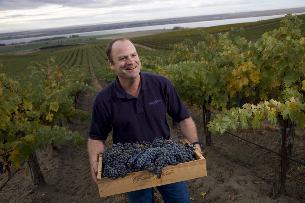Chateau St. Michelle head winemaker, Bob Bertheau, has been crafting fantastic wines at St. Michelle for more than a decade.