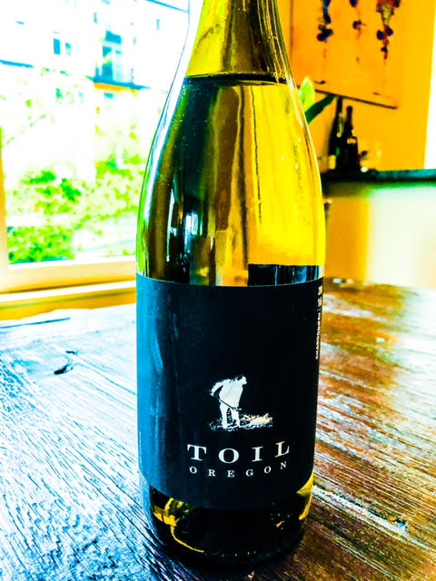 Toil Oregon Chardonnay.jpg