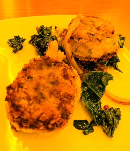 Ray's Boathouse Crab Cakes.jpeg
