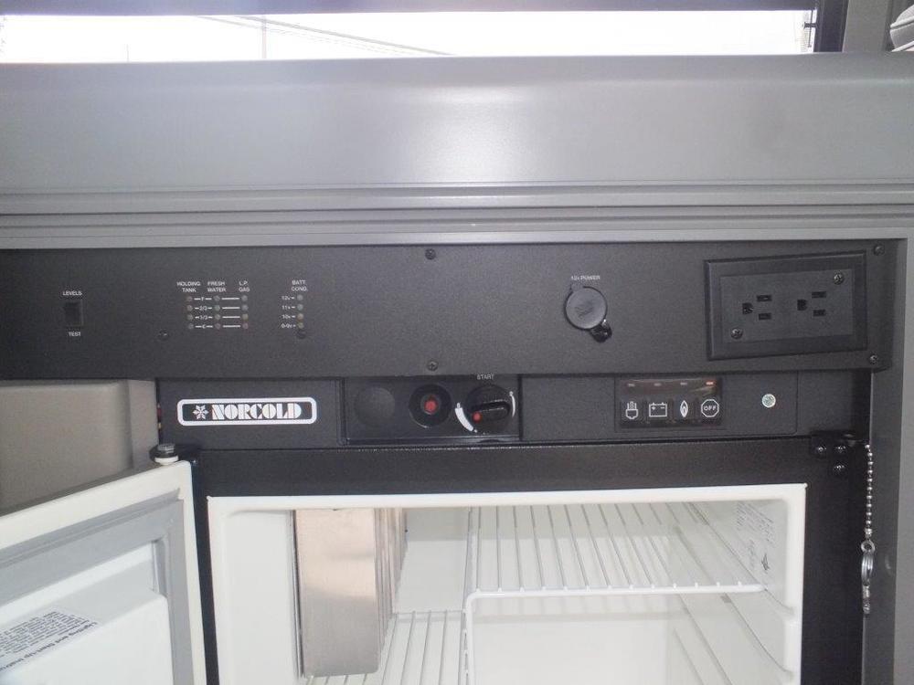 seller-99+eurovan+camper+sides++interior+only+014.jpg