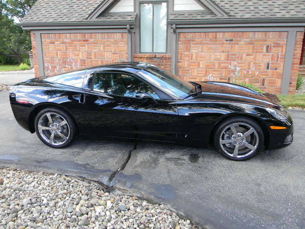 2010 Corvette (8).JPG