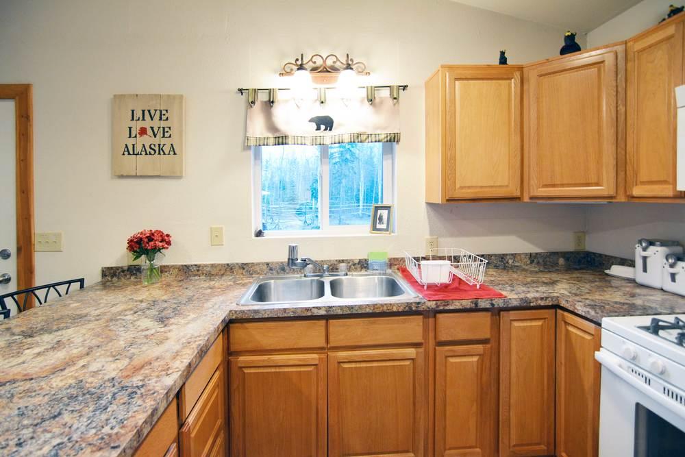 Kitchen full front.jpg