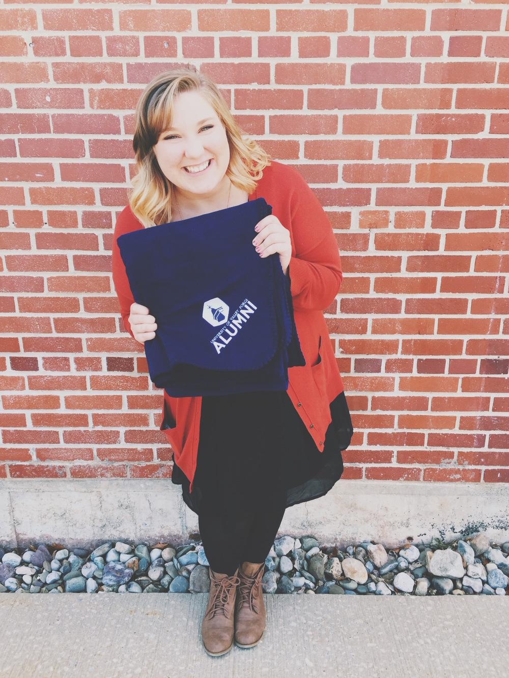 Graduation. University. University of Valley Forge. UVF. Senior. Blanket. Fall Wardrobe.