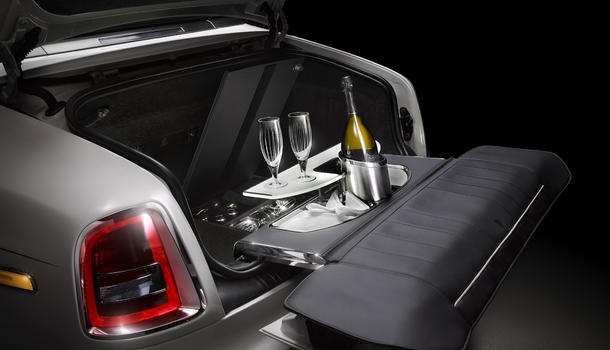 Rolls-Royce champagne set installed in the trunk