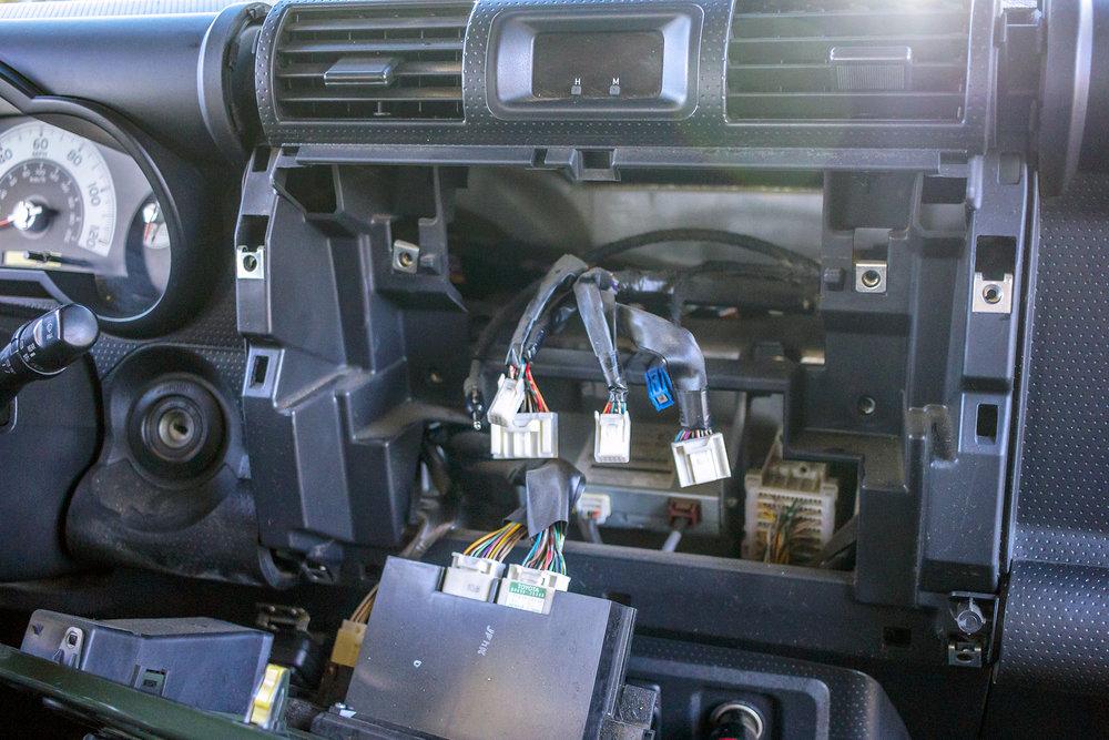 This 2013 Toyota Fj Cruiser Adds A System   U2014 Twelve Volt Technologies