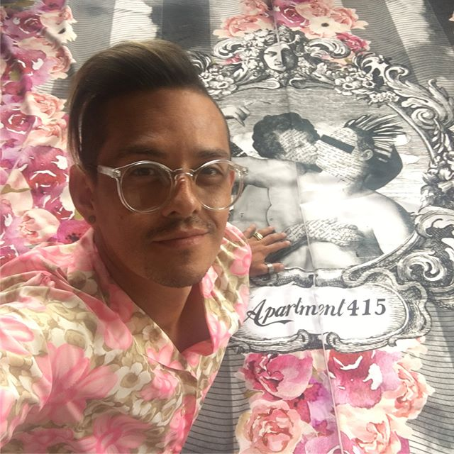 When your shirt randomly matches the textiles you have designed for @designweekmex  Stay tuned for more updates and follow @designweekmex to learn more about it. . . . #apartment415 #lastdayofsummer #florals #design #style #florals #designweekmexico #textiledesign #boothdesign #friday #Style #interiors #interiordesign #color #summer #fall #designweek #styling #friyay #floralsforfall #gucci #guccy #fornasetti #cdmx #mexico #madeinmexico #tan #gay #tanmom #sunmerdays #blackandwhite