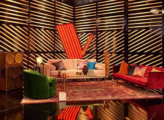 So exited that our Killim on Acid textile collection is part of @this_is_the_voice season 13. Set design by @jpconnelly Watch it Monday's and Tuesday's 8/7c on NBC . . . #apartment415 #thevoice #killimrug #killimonacid #textiles #design #ibteriors #decor #interiordesign #losangeles #thevoice #set #interiors #Monday #killim #rug #textiledesign #shopping #setdecor #LA