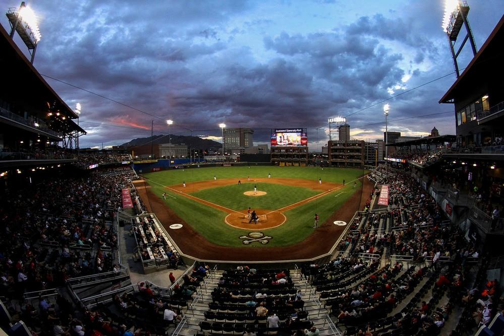 El Paso Chihuahuas vs. ABQ IsotopesEl Paso, Thursday, July 9, 2015. Photo by Jorge Salgado/El Paso Chihuahuas