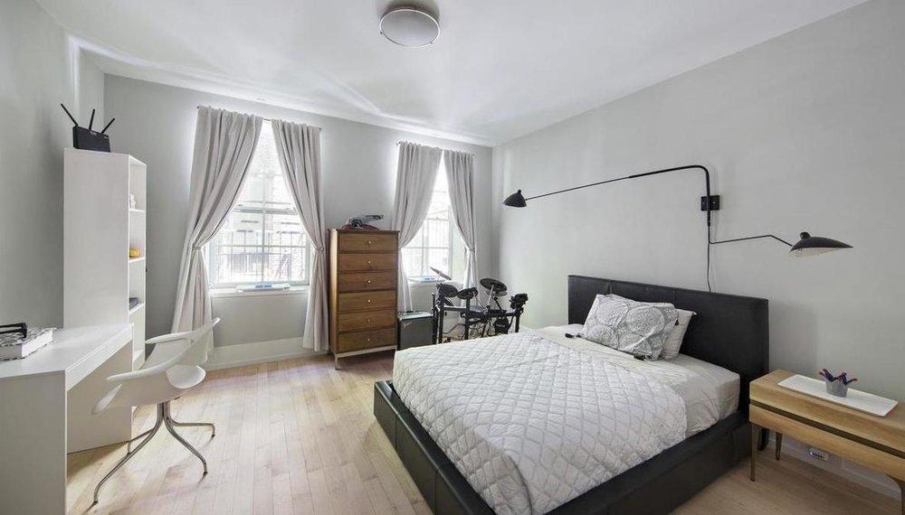 LAVA-interiors-SoHo-Loft-Design-NYC-bedroom.jpg