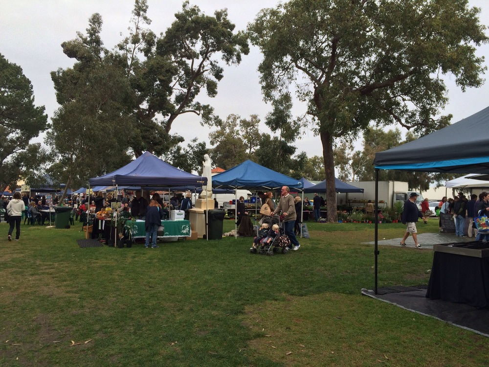 Saturday Markets at Clontarf