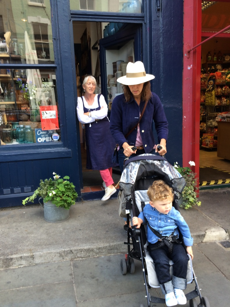 Goodbye to Aunt Alex, Tamara & her dear boy Jack - till next time I shop there.