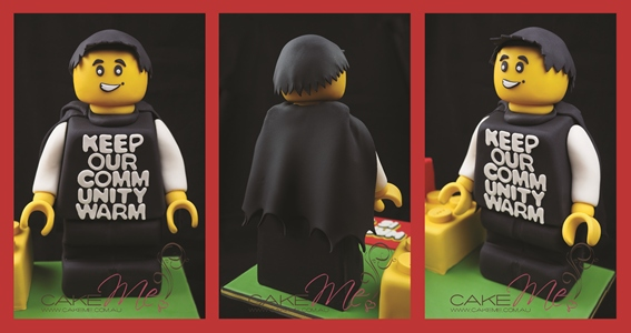 Lego minifigure Waz cake, complete with his signature mole, 300 Blankets tshirt, and CAPE!