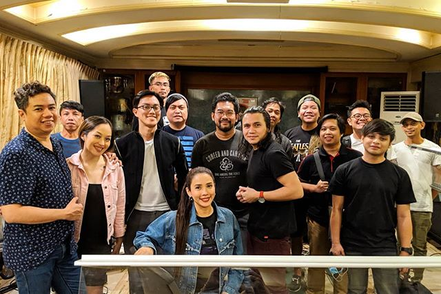 Super excited to be singing back-up vocals for Spongecola's Sea of lights Concert / Album launch! March 29, 2019 7pm at PowerMac Spotlight, Circuit Makati. With special guests Leanna & Naara, Gloc-9, Karylle and I belong to the ZOO. Directed by Paolo Valenciano. Get your tickets now at @sm_tickets! Love all their songs!!! ❤️ #Spongecola #SeaOfLights