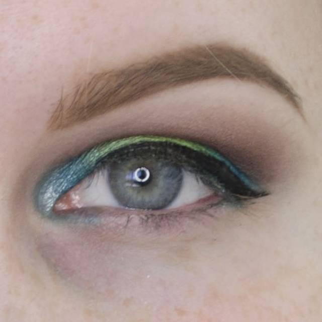 Mermaid Eyes Urban Decay Electric Palette Makeup Tutorial