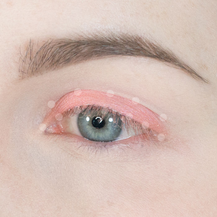 peach_and_green_Indie_eyeshadow_look_2.jpg