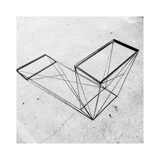 ✖️Shadow play with The Constructivist console frame ✖️
