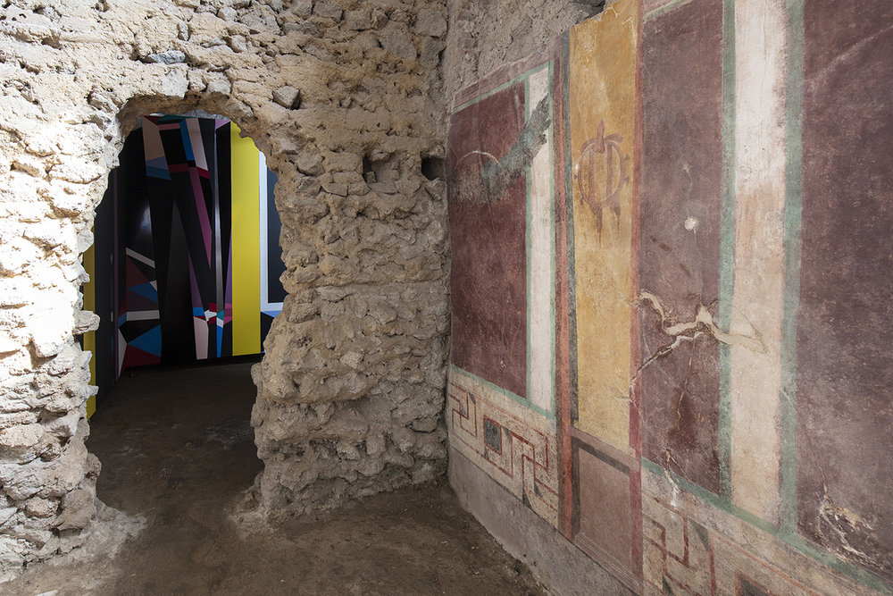 Installation Expanded Interiors at Pompeii - photo Amedeo Benestante