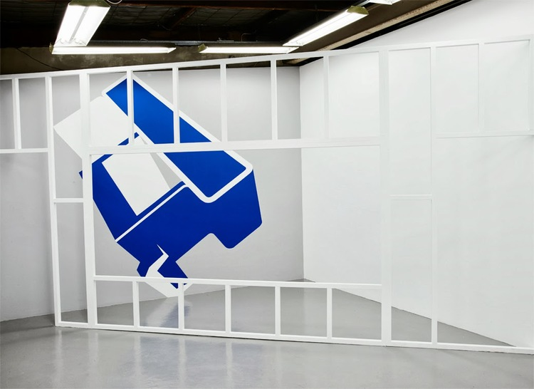 Support structure, 2013, Primed Pine, screws and acrylic paint, 267 x 546cm.