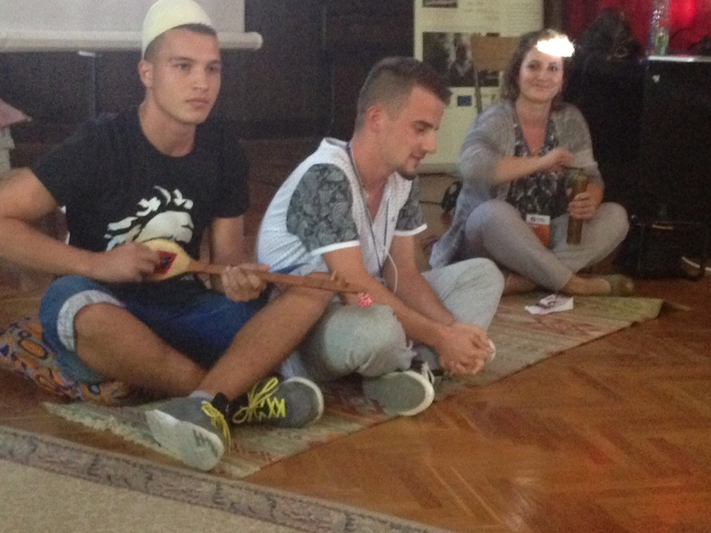 Interpreting the welcome to a Mitrovica home