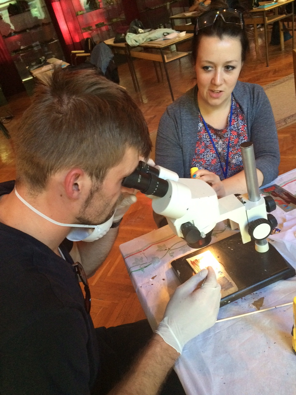 ......but looking through the microscope whilst doing so soon made the students realise how easy it is to scratch a surface.