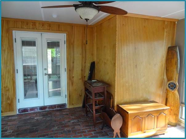 Sunroom+Before+Back+Wall.jpg
