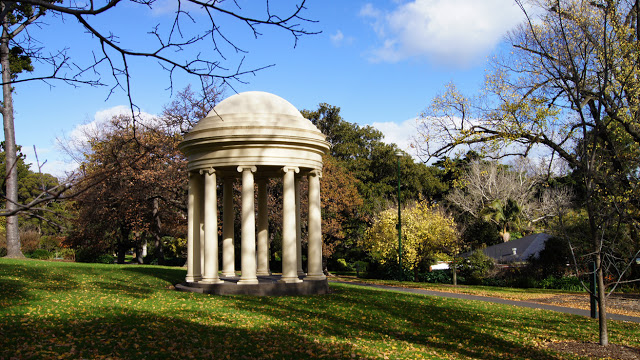Fitzroy Gardens Temple of the Winds Rotunda.jpg