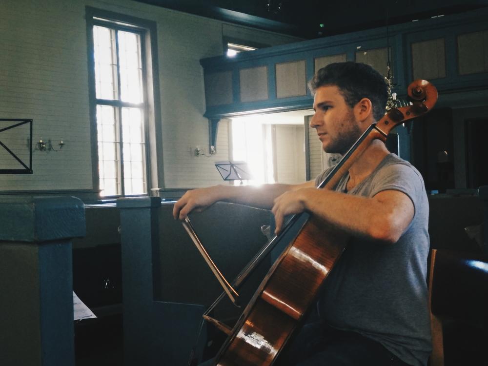 Tim Posner, cellist