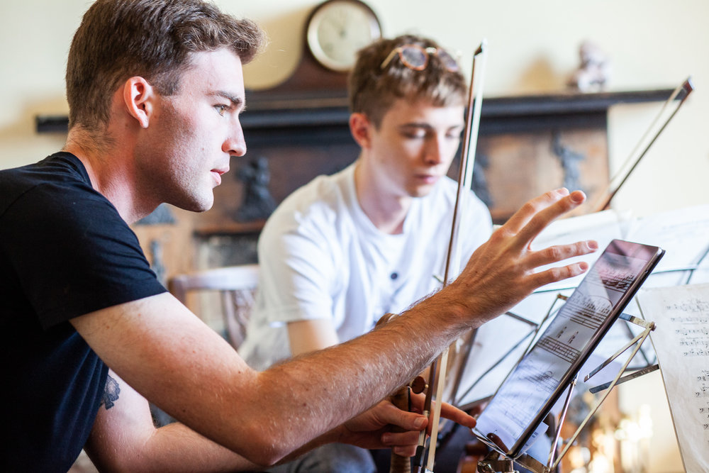 "Rehearsing Janacek ""Intimate Letters"" String Quartet in Haven Cottage with Alexi Kenney. Photo © Gabriel Isserlis"