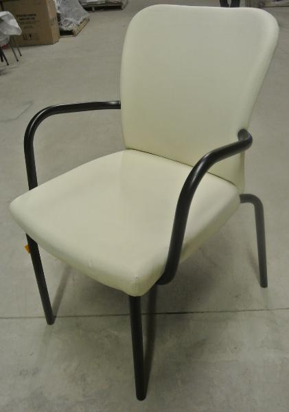 haworth_guest_chair_-_white_-_leatherete_-_10_units-421x600.jpg