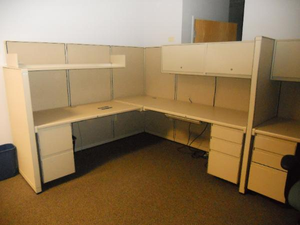 steelcase_9000_workstations_NJ_moveout-600x450.jpg