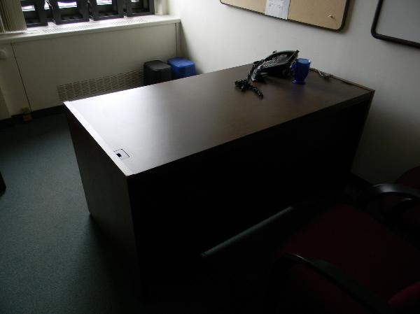 60x30in_kimball_desks3-600x449.jpg
