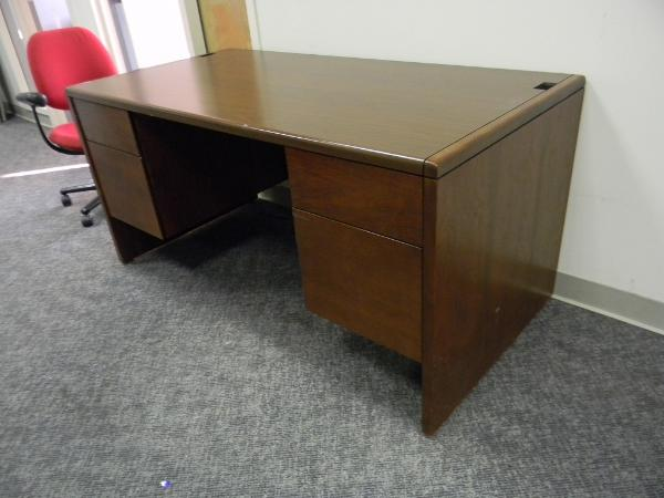 60X30in_kimball_desks-600x450.jpg