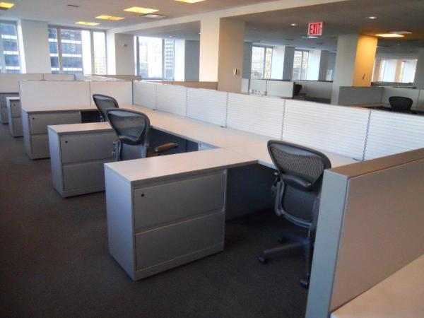 6ft_by_6ft_desksing_station_from_hedge_fund-600x450.jpg