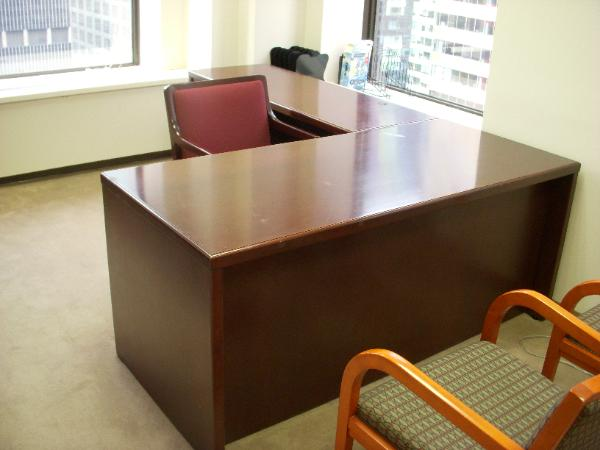 used_office_furniture_20_-600x450.jpg