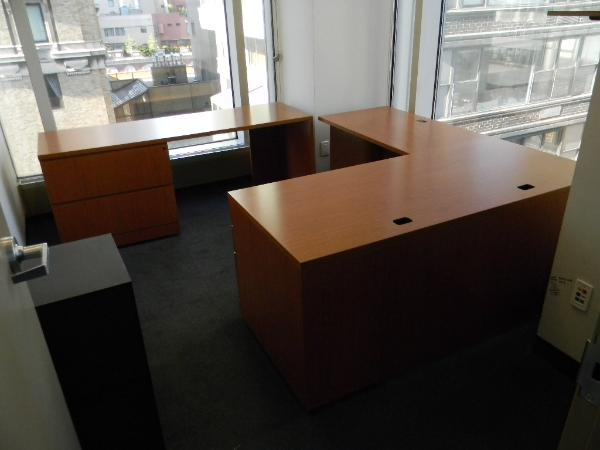 "Knoll U-shape (or L-shape) desk. 30"" x 66"" desk with 42"" left return and 72"" x 22"" credenza."