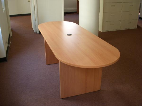 custom_laminate_conference_table-600x450.jpg