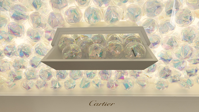 cartier-carat-parfum-pop-up-store.jpg