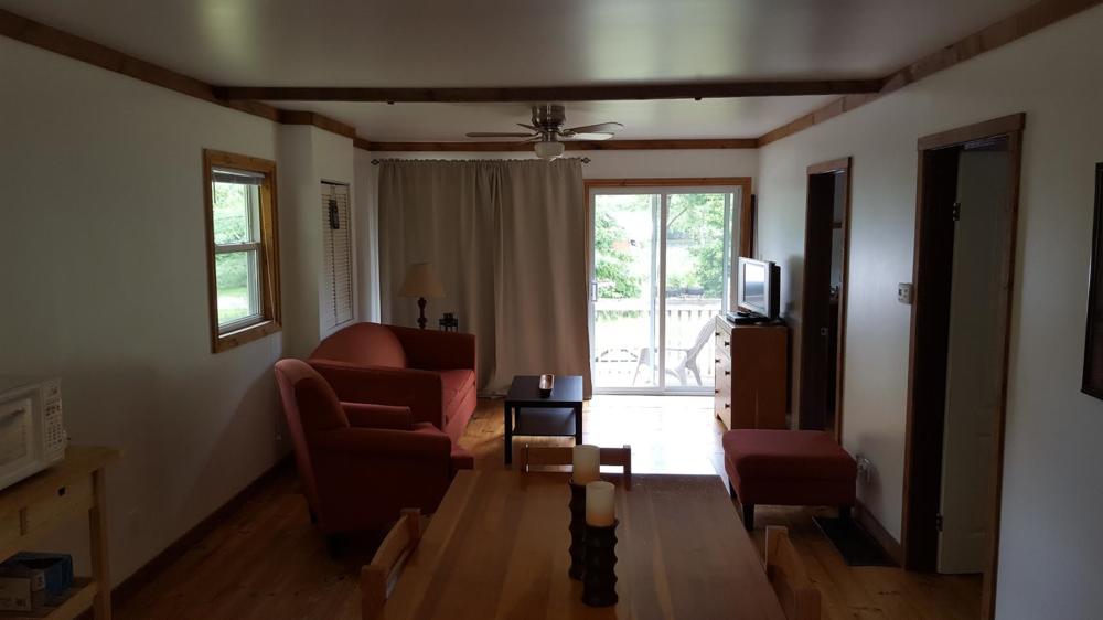 cottage 7 living room.png