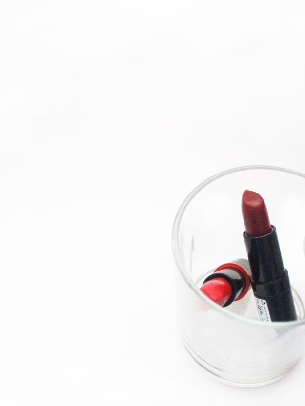 pale-skin-red-lipstick-edit-danielletc.jpg
